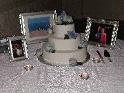 The Wedding Cake! Decorated by Kate. Photographer: Frank Wang
